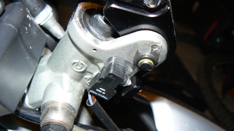 Leviers de frein et d'embrayage sur ebay - Page 3 P1060310