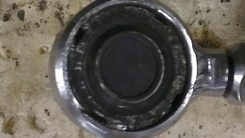 clé pour rotule train avant ,? Imag0112