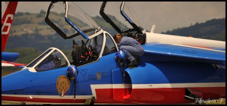 Concours Photos du mois de Juillet:Les  Filles et les avions Sergen11