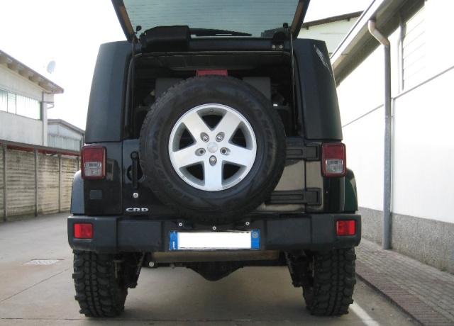 Modifica targa posteriore JK T610
