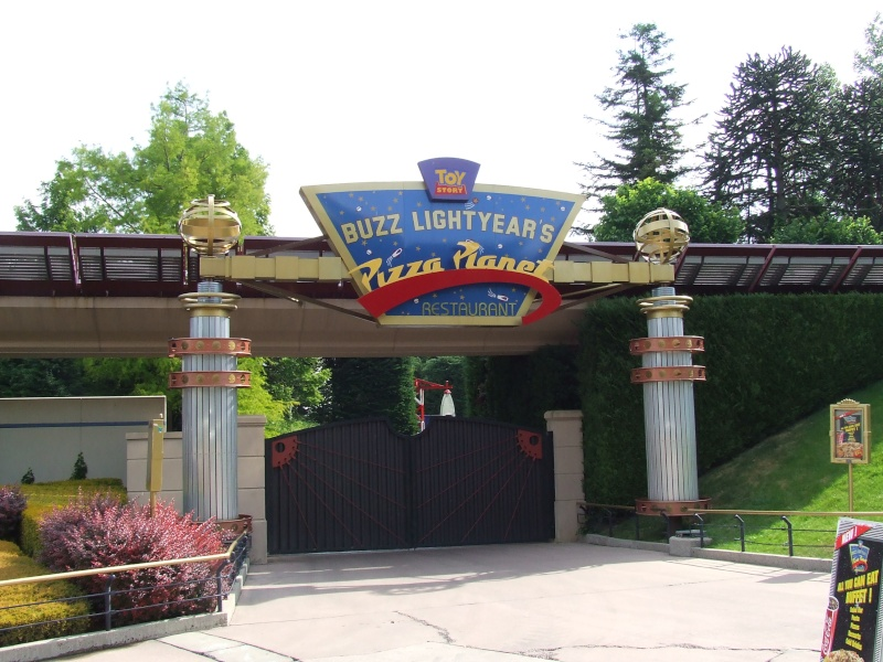 [Buffet] Buzz Lightyear's Pizza Planet Restaurant Dscf9410