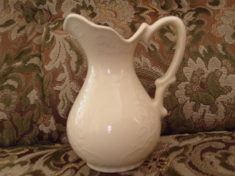 Crown Lynn Vases 2 A05210