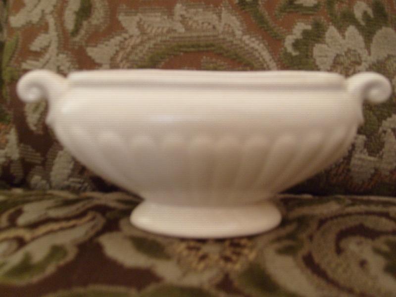 Crown Lynn Vases 2 V-11210