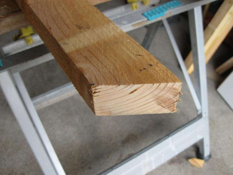 Chevalet à bois. Img_2311