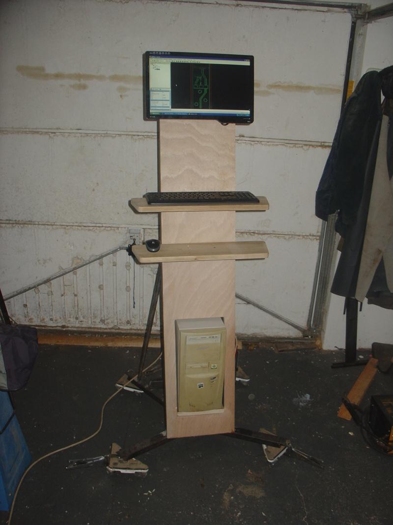 Portique  CNC  PFE1000PX + socle et console PC Dsc02010