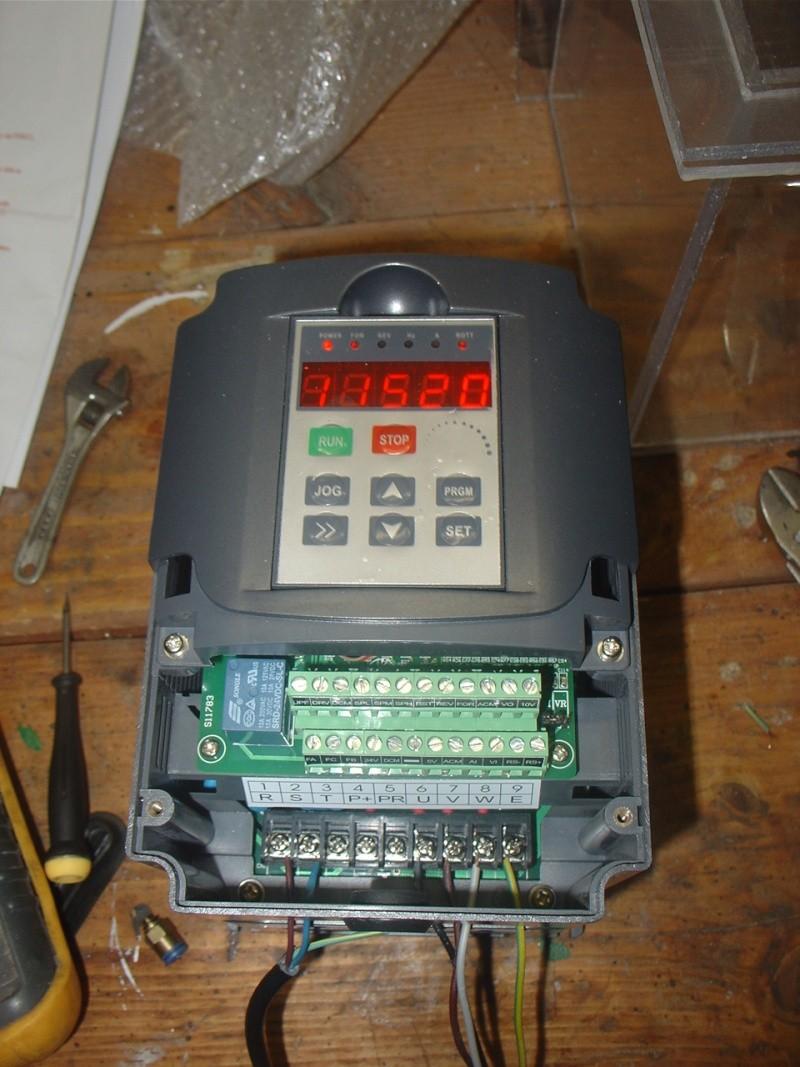 Portique  CNC  PFE1000PX + socle et console PC - Page 2 Dsc02126