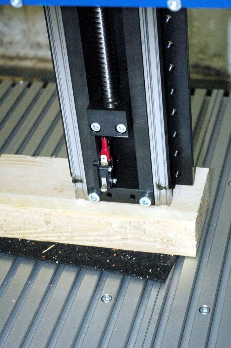 Portique  CNC  PFE1000PX + socle et console PC - Page 3 Imgp1624