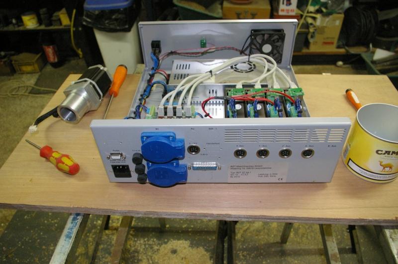 Portique  CNC  PFE1000PX + socle et console PC - Page 5 Imgp1727