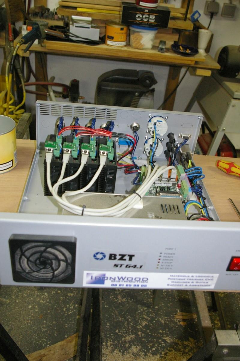 Portique  CNC  PFE1000PX + socle et console PC - Page 5 Imgp1728