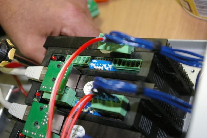 Portique  CNC  PFE1000PX + socle et console PC - Page 5 Imgp1729