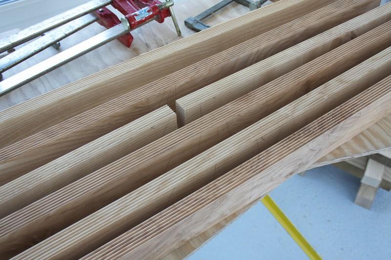 Une table basse bois et verre. 02_sep25