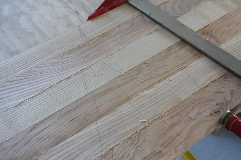 Une table basse bois et verre. 02_sep26