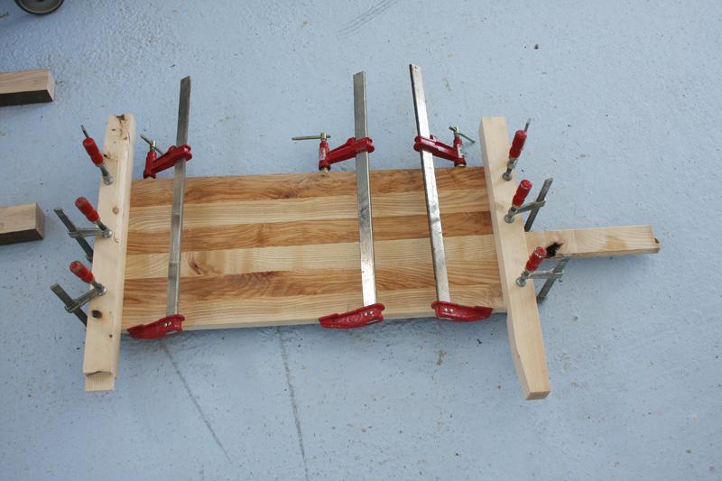 Une table basse bois et verre. 02_sep27