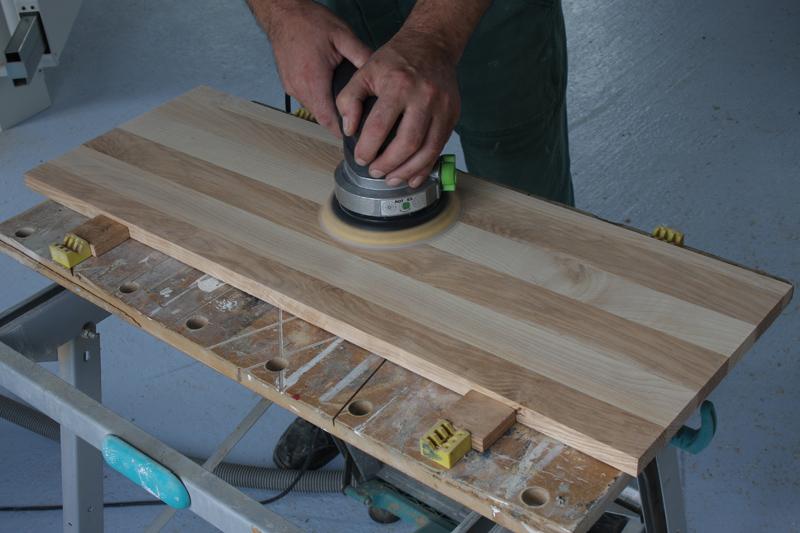 Une table basse bois et verre. 03_sep22