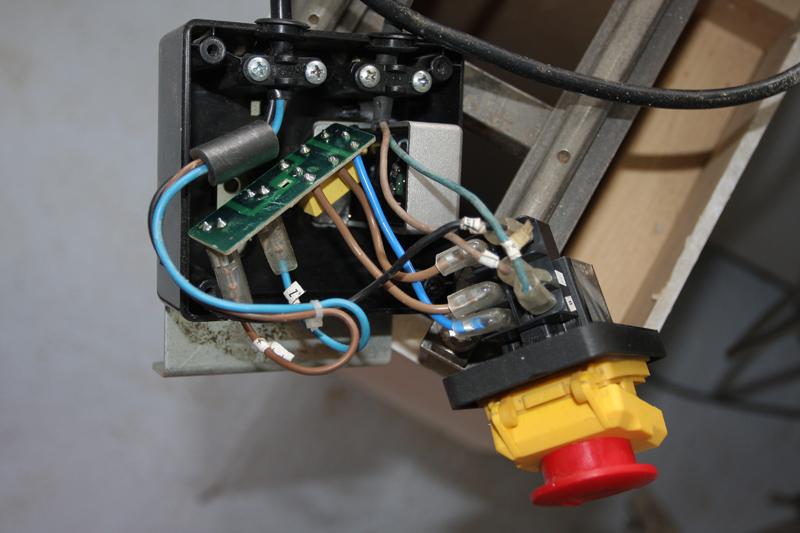 Branchement moteur / bouton marche/Arret sur scie sur table (Feider aujourd'hui feidwood) 05_mai12