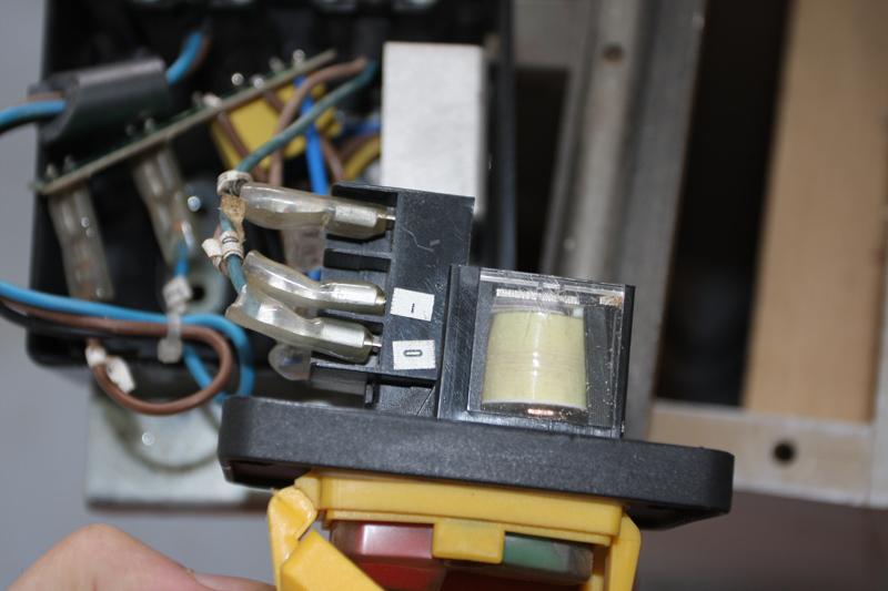 Branchement moteur / bouton marche/Arret sur scie sur table (Feider aujourd'hui feidwood) 05_mai13