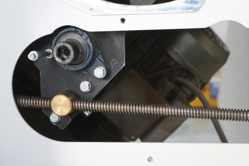 Modification de l'amplitute de levée/descente sur arbre de toupie 13_dac12