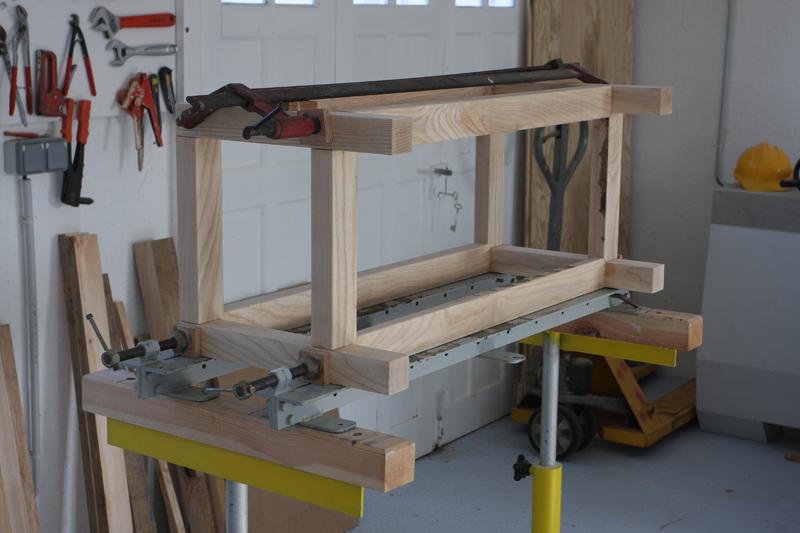 Une table basse bois et verre. - Page 2 16_sep10