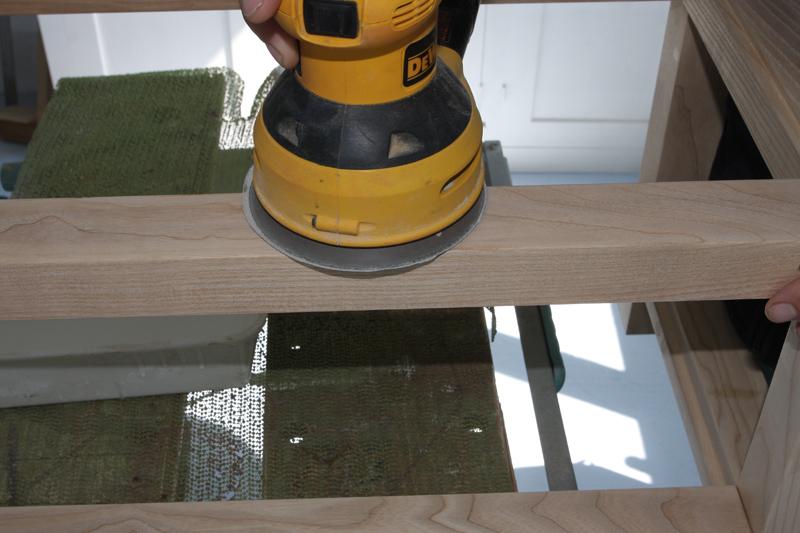 Une table basse bois et verre. - Page 2 16_sep15