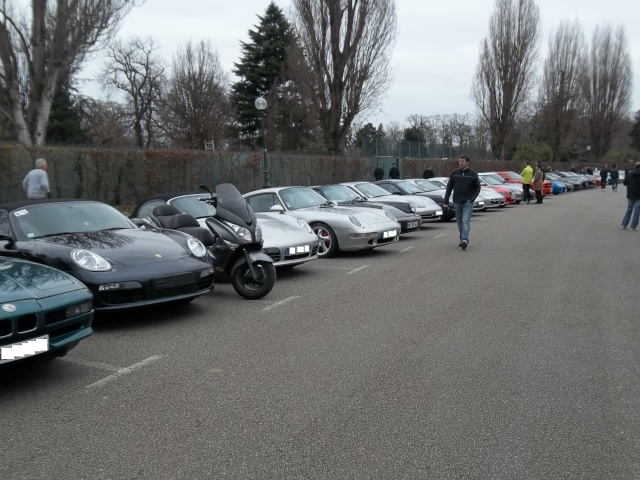 Cars and coffee et autres réunions - Page 4 100_0241