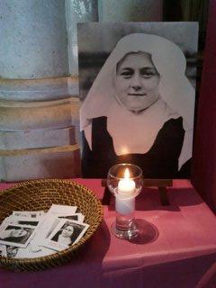1er octobre : Sainte Thérèse de l'Enfant-Jésus Theres11