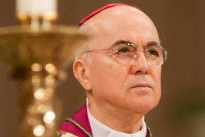 Mgr Vigano Vatican II, le ver était dans le fruit Vigano10