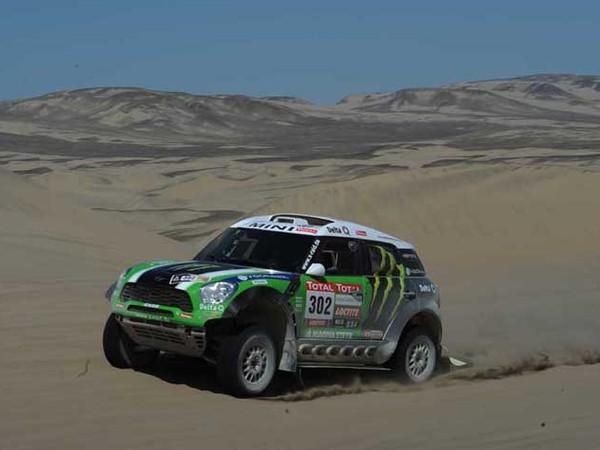 Dakar 2012 : Peterhansel et Mini, vainqueurs d'une belle édition  Dak10