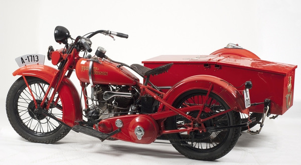 Les vieilles Harley....(ante 84)..... - Page 37 11196110