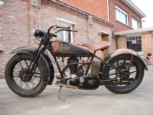Les vieilles Harley......... (ante 84) - Page 39 26068410