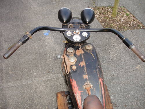 Les vieilles Harley......... (ante 84) - Page 39 26068411