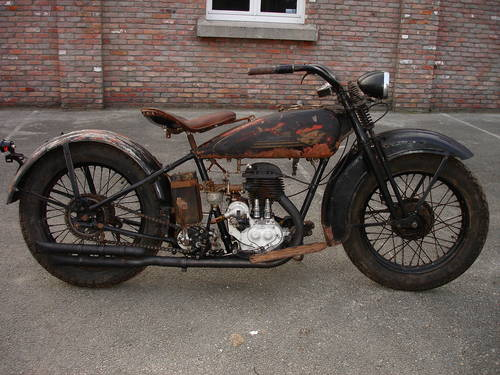 Les vieilles Harley......... (ante 84) - Page 39 26068412