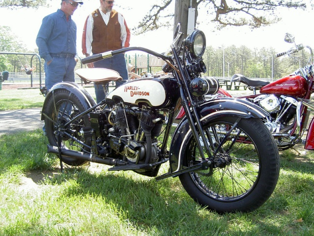 Les vieilles Harley....(ante 84)..... - Page 5 30602410