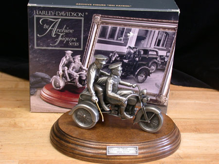Jouets, jeux anciens et miniatures sur le monde Biker - Page 3 Archiv13