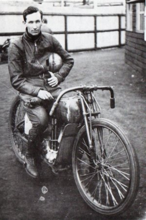 Harley-Davidson – Peashooter - 21.35ci (350 cc)  Frank_10