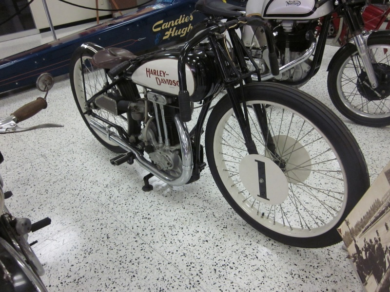 Harley-Davidson – Peashooter - 21.35ci (350 cc)  - Page 20 Harley62