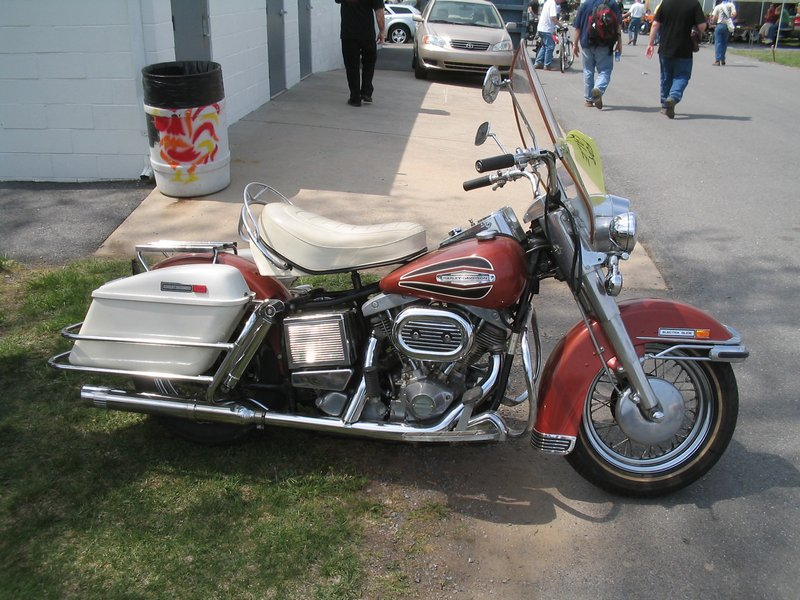 Les vieilles Harley....(ante 84)..... - Page 38 Harley68
