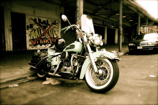 Les vieilles Harley....(ante 84)..... - Page 6 Img_4810