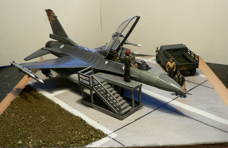 [Hobby Boss] F-16 ROCAF Dio710