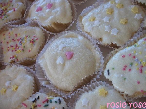 Cupcakes : recettes et décors simples - Page 5 Cup_ca11