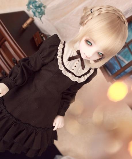 Une BJD/poupée qui ressemble à... Sabber10
