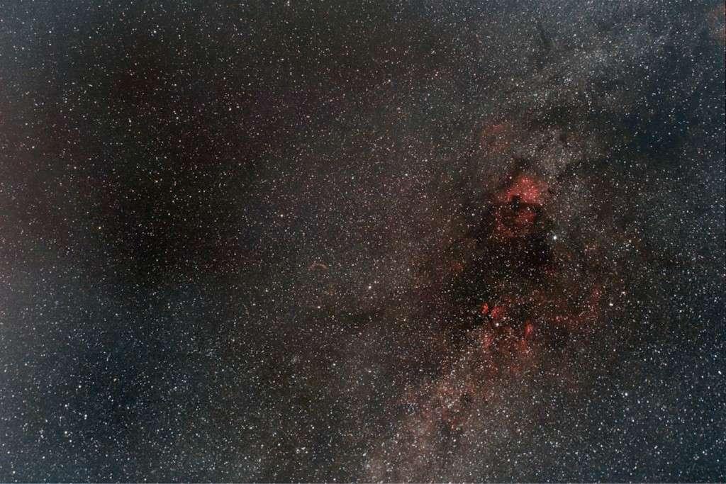 Une premiere dans le monde de l'Astronomie amateur. Kak10