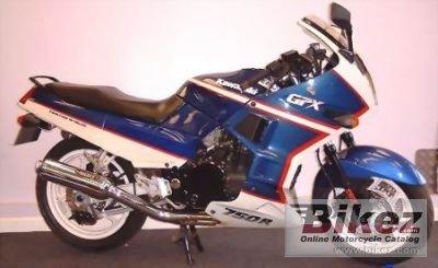 Kawasaki GPX 750 R 147