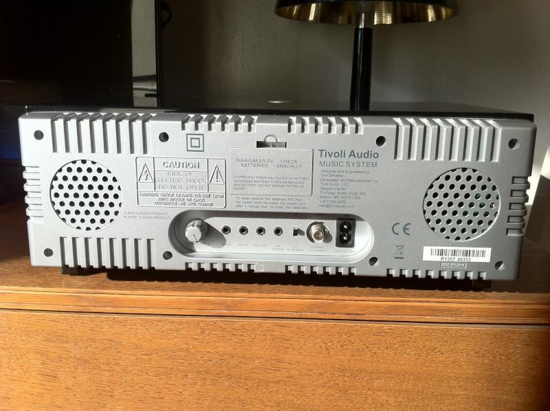 [ VENDU ] Tivoli Audio Music System =>baisse de prix Tivoli12