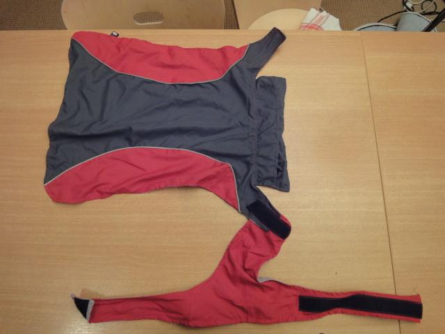 A vendre: plusieurs manteaux pour chien Dsc06714