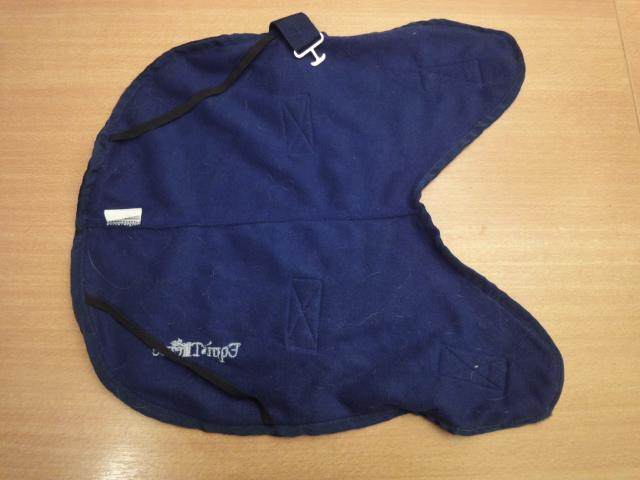 A vendre: plusieurs manteaux pour chien Dsc06811
