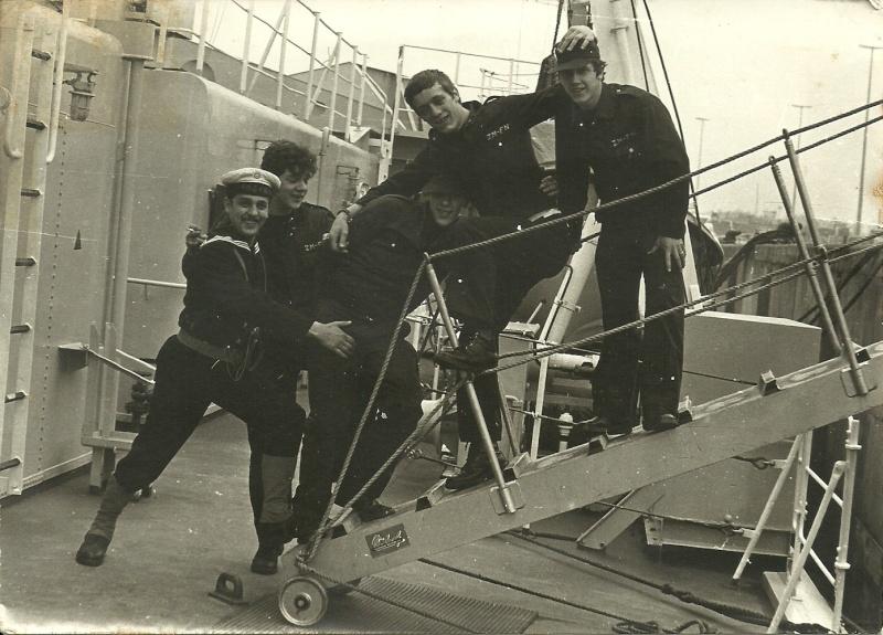 aan de gangway in 1977 Zeemac15