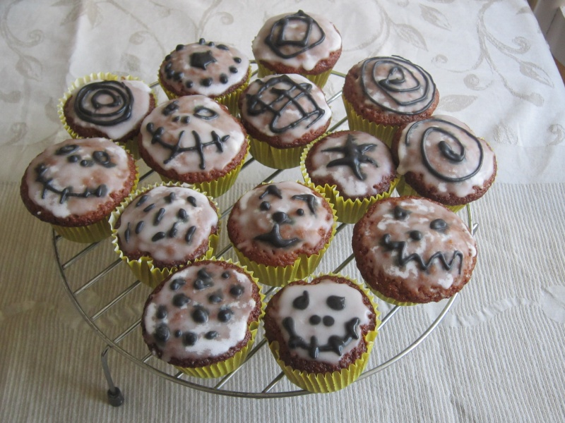 gateau party Halloween - Page 6 Img_0812