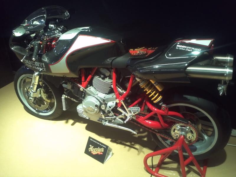 salon de la moto Paris 2011 - Page 2 Img29510