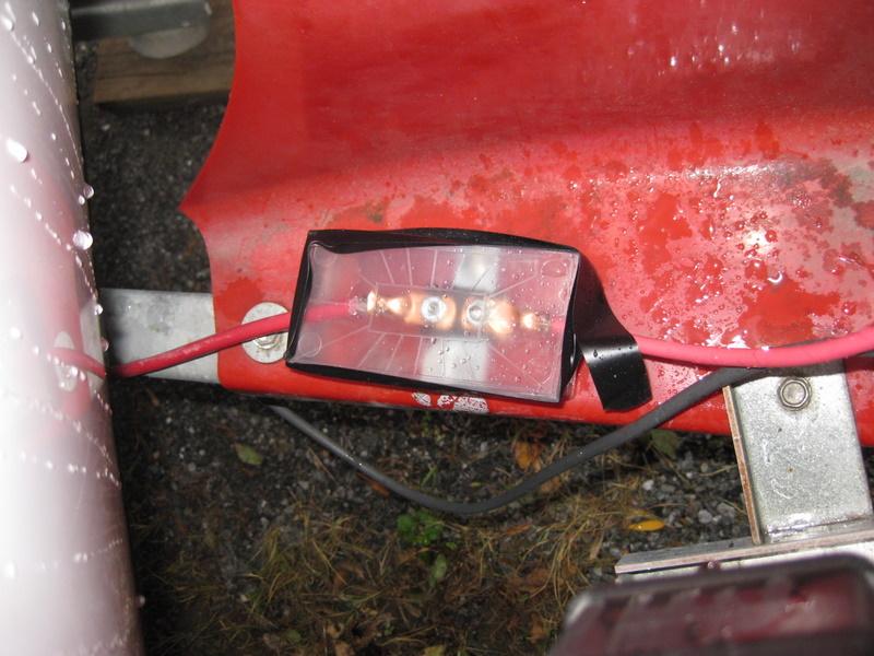 En mode GAZ le frigo ne fonctionne plus (disjoncteur principal) Img_3411