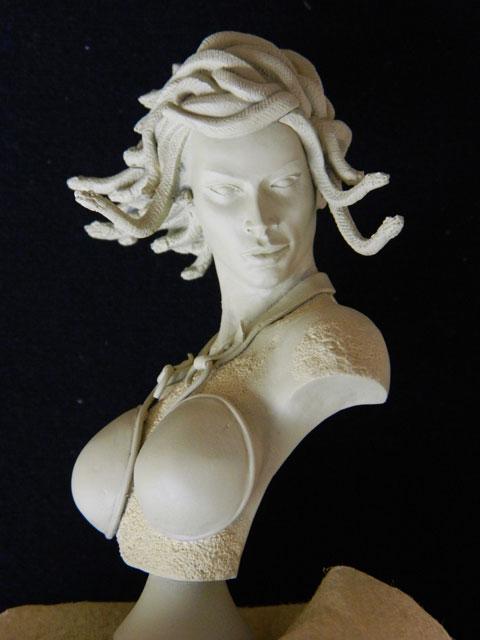 buste medusa pièce anniv lugdunum Dscn2025